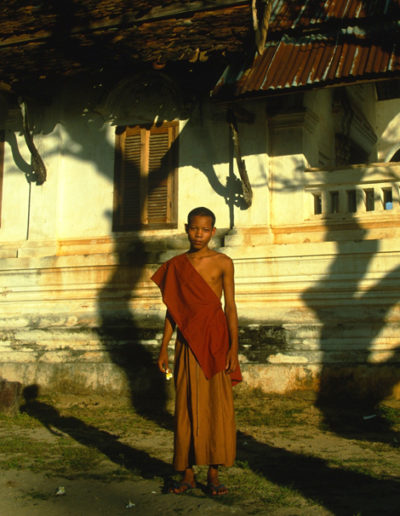 Laos_young_monk