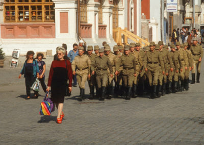 Russia_marching_in_red_sq