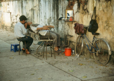 Vietnam_shave_and_haircut