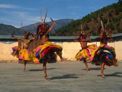 Bhutan_21DANCERS