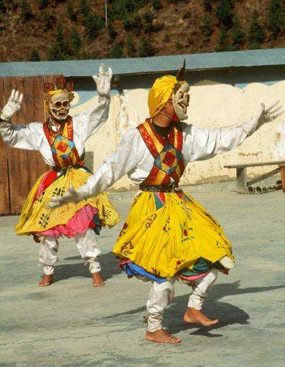 Bhutan_HUTAN2DANCERS