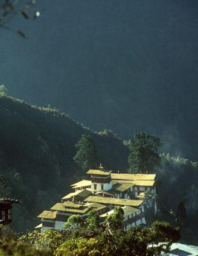 Bhutan_HUTANDZONG