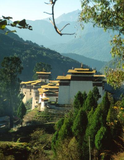 Bhutan_dzog2
