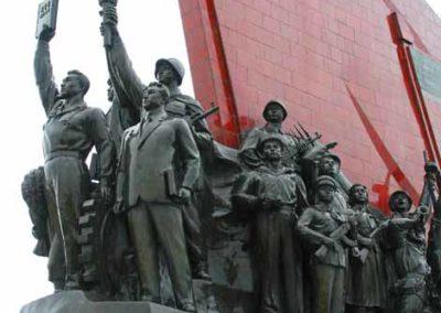 NorthKorea_515_statue