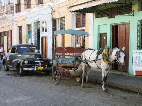 cuba-02-Horse-drawn-carriage