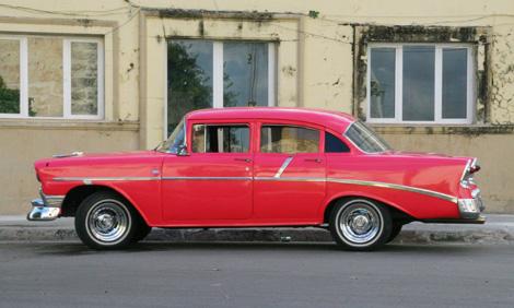 cuba-64---Classic-car---56-Chevy