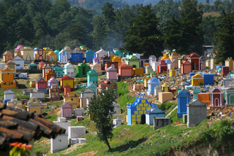 guatemala-354 Colorful cemetery in Chichicastenango