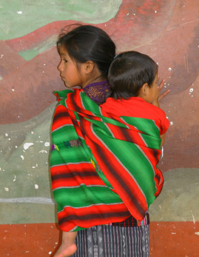 guatemala-500 Kids caring for kids
