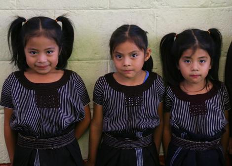 guatemala-502.1 Sisters at school