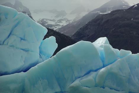Brazil 224 Calafate floating ice, mts