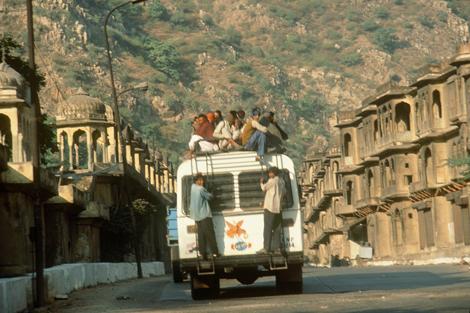 India_comunity_bus