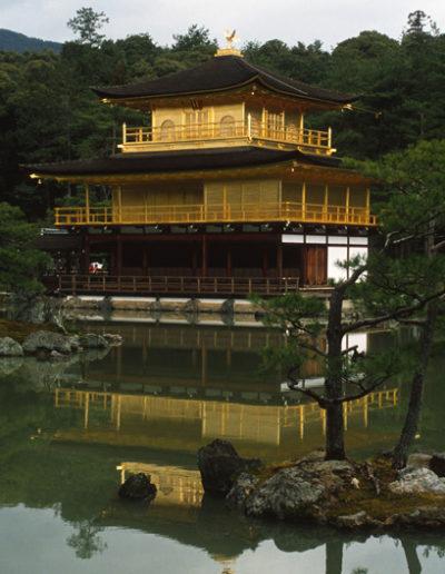 Japan_Golden_Pagoda
