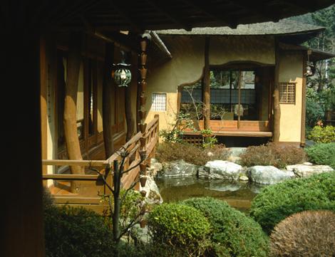 Japan_courtyard_4