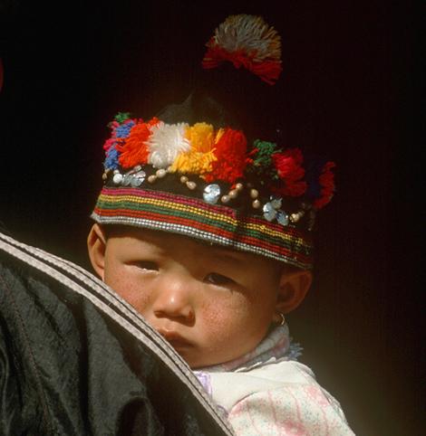 Laos_hmong_girl