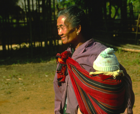 Laos_woman_and_child