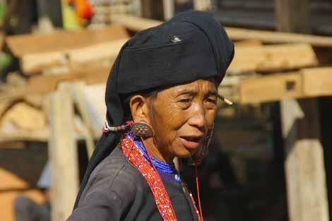 Myanmar_011_woman