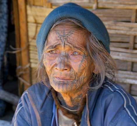 Myanmar_083_tattoo_3_woman