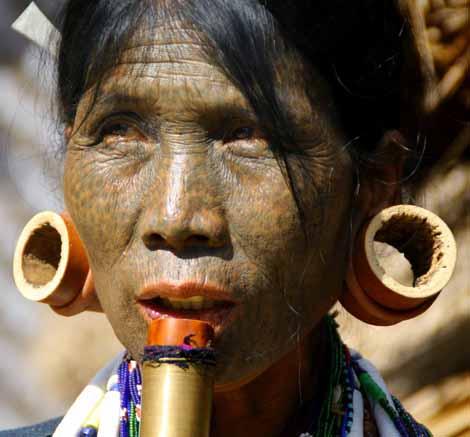 Myanmar_085_tattoo_Dai_dark_5