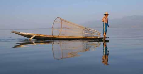 Myanmar_669_fishing_reflection