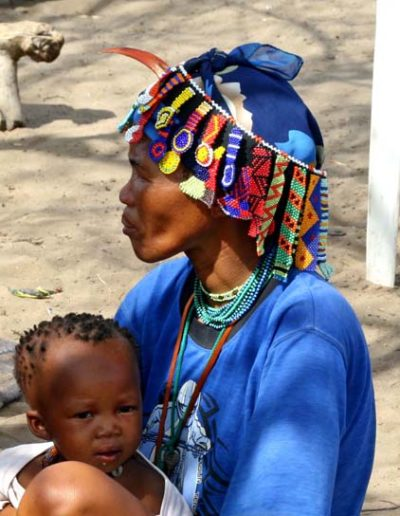 Namibia_309.2_woman_child