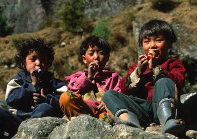 Nepal_3_boys