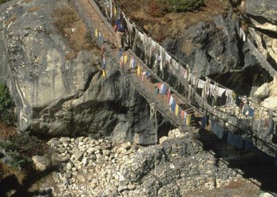 Nepal_bridge_in_trek_2