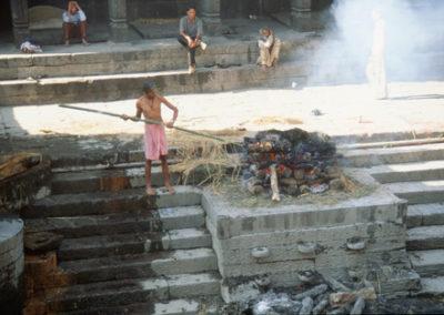 Nepal_cremation