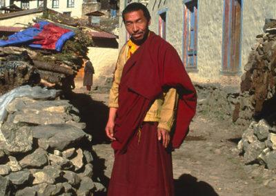Nepal_monk_2