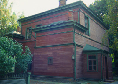 Russia_tolstoys_house