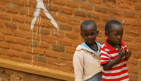 Rwanda_218_r_2_boys
