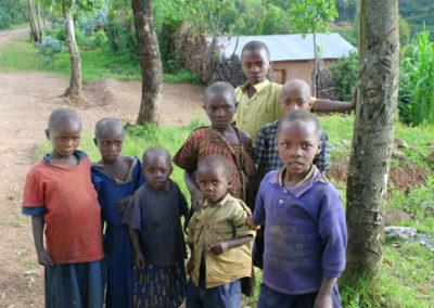 Rwanda_928_r_kids