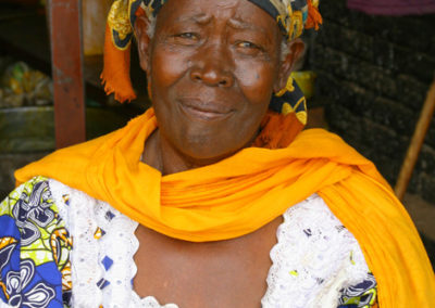 Rwanda_948_r_grandma