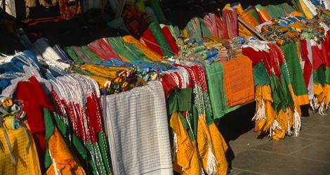 Tibet_prayer_flags_8