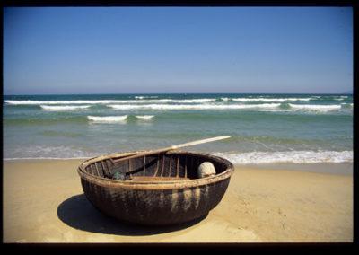 Vietnam_china_beach_2