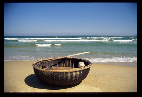Vietnam_china_beach_2
