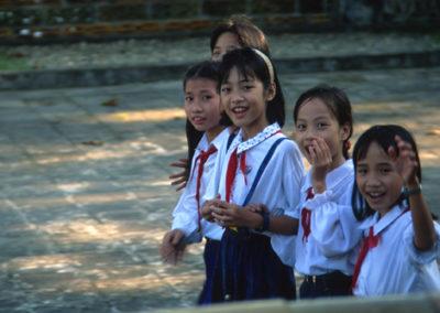 Vietnam_girls_2