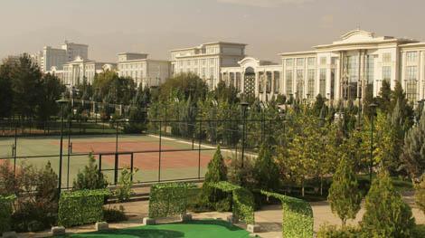 turkmenistan_1-Ashgabats-ambitious-building-inititative