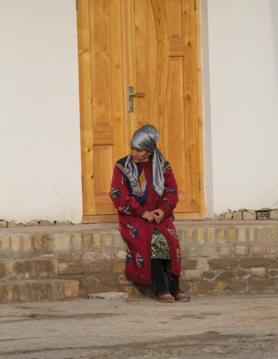 turkmenistan_4-woman-in-Northern-Turkmenistan