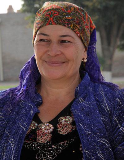 uzbekistan_111-woman-in-Central-Turkmenistan