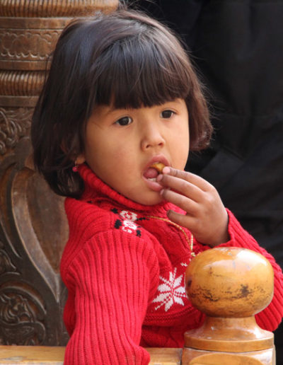 uzbekistan_997-girl-in-Southern-Turkmenistan